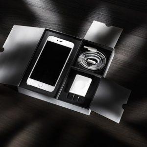 iPhone 8 /  8 Plus / X のおすすめアクセサリ(ワイヤレス充電器、ケーブル他)のご紹介